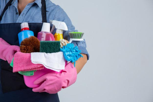 5 dicas básicas para contratar um empregado doméstico